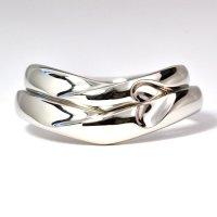 セミオーダー・指輪が重なるとハートになる人気の結婚指輪(マリッジリング)・Pt900(プラチナ)・ペアリング(指輪)
