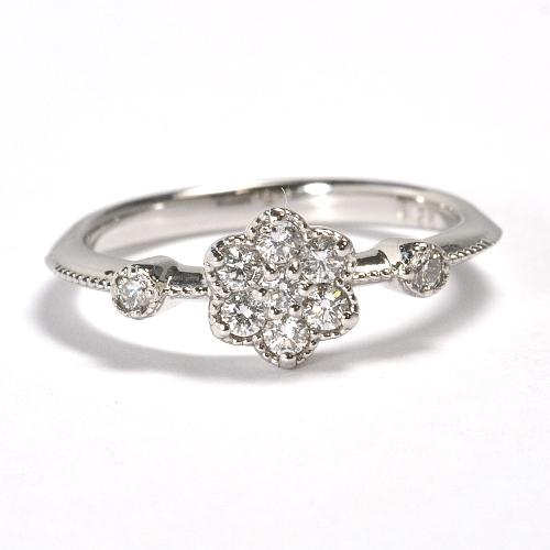 画像1: キュートなフラワーモチーフ・天然石ダイヤ0.26ct・Pt900(プラチナ)・リング(指輪)