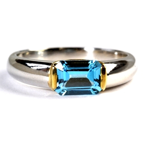 画像1: 重量感ある天然石ブルートパーズリング(指輪)・K18WG(ホワイトゴールド)・K18(ゴールド)売約済