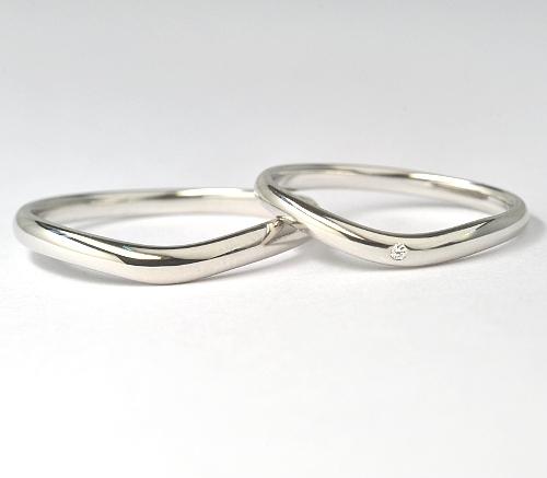 画像1: お値打ち!【RUNOAシリーズ】女性用天然石ダイヤ付・結婚指輪(マリッジリング)・Pt900(プラチナ)・ペアリング(指輪)