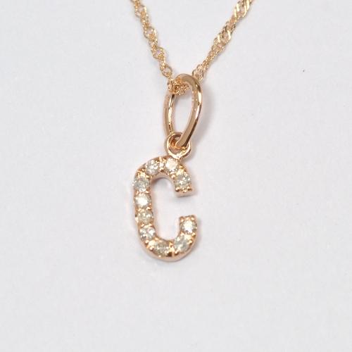画像1: 大人気の天然石ダイヤモンド・イニシャル【C】・K10PG(ピンクゴールド)・ペンダント・ネックレス