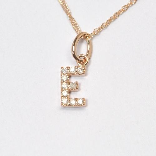 画像1: 大人気の天然石ダイヤモンド・イニシャル【E】・K10PG(ピンクゴールド)・ペンダント・ネックレス