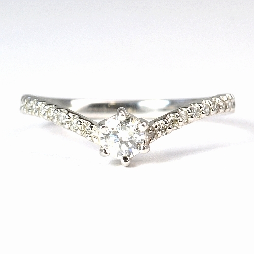 画像1: NEW!シンプルで可愛い婚約指輪(エンゲージリング)!!天然石ダイヤ・Pt900(プラチナ)・リング(指輪)売約済