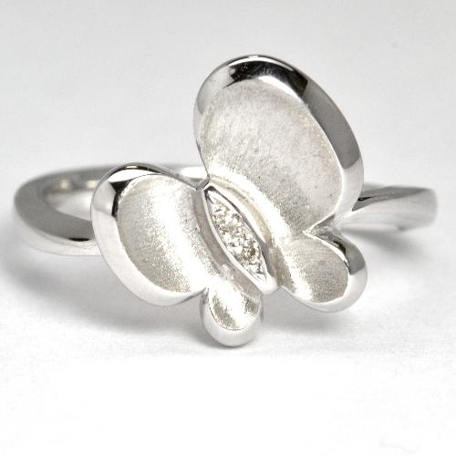 画像1: ダイヤモンド・蝶モチーフデザイン・リング(指輪)・K18WG(ホワイトゴールド)