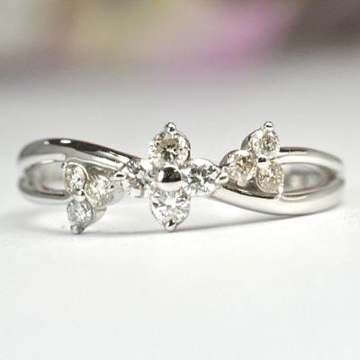画像1: 花モチーフのカワイイNEWデザイン!天然石ダイヤ・K18WG(ホワイトゴールド)・リング(指輪)