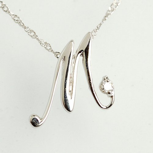 画像1: 天然石ダイヤモンド付・オシャレなイニシャル【M】・K18WG(ホワイトゴールド)・ペンダント・ネックレス